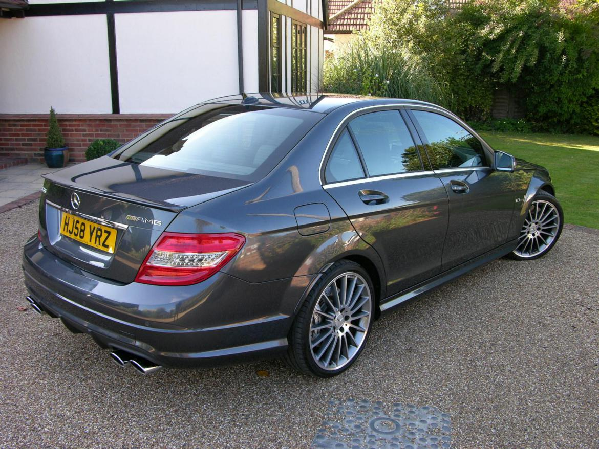 mercedes benz c63 amg motor marketplace. Black Bedroom Furniture Sets. Home Design Ideas